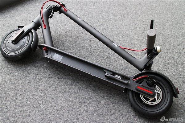 xiaomi mijia az elektromos roller amivel 30 km t is. Black Bedroom Furniture Sets. Home Design Ideas