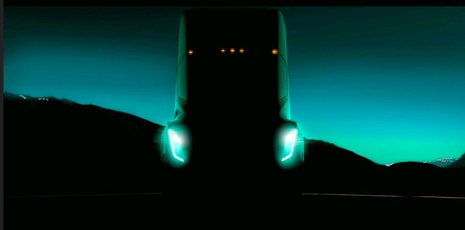 Célegyenesben a Tesla szuperkamionja